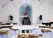 An der Ski-WM St. Moritz 2017 begrüsste sie prominente Gäste zum Late-Night-Talk «Champiuns» (Bild: SRF)