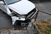 Am Fahrzeug der Lenkerin entstand Totalschaden. (Bild: pd)