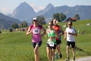 Läuferinnen und Läufer beim Hauptlauf über 14,6 Kilometer im vergangenen Jahr. (Bild: PD)