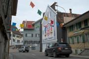 Das historische Gebäude an der Hauptstrasse in Oberägeri wird nun nach 4-jährigem Rechtsstreit zum Abriss freigegeben. (Bild: Maria Schmid)