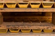 Ist bei unsicheren Wirtschaftslagen bei Anlegern ein altbewährter Wert: Gold. (Bild: Keystone)