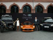 Das Unternehmen Jaguar Land Rover will nach Zeitungsberichten Kosten sparen. Ein Personalabbau soll aber nicht geplant sein. (Bild: KEYSTONE/AP Jaguar)