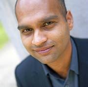 Starautor Aravind Adiga erzählt ungeschönt von seiner Heimat. (Bild: Mark Pringle/PD)