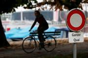 Am ganzen Quai in Luzern ist das Velofahren verboten (gestellte Szene). (Bild: Archiv Philipp Schmidli)