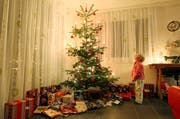 So herrlich geschmückt ist der Weihnachtsbaum: Zeigen Sie uns, wie Sie Ihre Festtage 2013 feiern. (Bild: Philipp Schmidli)