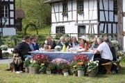 Die ersten neun Bauern und eine Bäuerin werden bald ihre Hofdamen und Hofherren treffen. (Bild: PD)