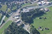 Das Gebiet Hofwald in Oberdorf: der Buoholzbach (Mitte unten) fliesst in die Engelberger Aa. (Bild: PD (Oberdorf, 11. Dezember 2013))