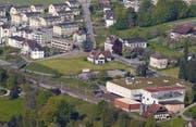 Die Kreuzmatte mit der Kreuztrotte an der Gotthardstrasse in Meggen. (Bild: PD)