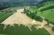 Das überflutete Gebiet Ettisbühl bei Malters im August 2005. (Bild pd)