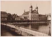 Der Freienhof versperrte den Blick auf die Jesuitenkirche- Ostfassade. (Bild: Stadtarchiv Luzern)