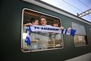 Die SBB setzen einen Extrazug ein, der die FCL-Fans sicher nach Basel bringt. (Bild: Archiv Neue LZ)