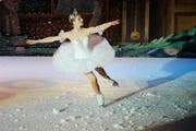 """Nicht zum ersten Mal in Zug: Das Musical """"Nussknacker on Ice"""" des Sankt Petersburgers Staatsballett (Archivbild). (Bild: Maria Schmid / Neue LZ)"""