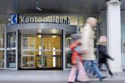 Der LUKB-Hauptsitz in Luzern. (Bild: Pius Armein/Neue LZ)