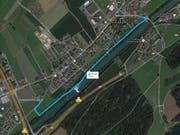 In dem blau markierten Abschnitt kommt es zu Teilsperrungen des Velo- und Fussgängerweges am linken Reussufer. (Bild: maps.google.com (Screenshot))
