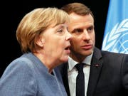 Bundeskanzlerin Angela Merkel und Frankreichs Präsident Emanuel Macron in Bonn während der Eröffnung des Ministerteils der Klimakonferenz. (Bild: KEYSTONE/EPA/RONALD WITTEK)