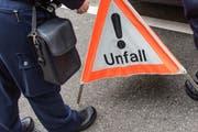 Ein 56-Jähriger ist bei einem Verkehrsunfall ums Leben gekommen. (Symbolbild LZ)