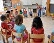 Das Berufsbild der Kindergärtnerin hat sich dramatisch gewandelt. (Bild: Georgios Kefalas/Keystone)