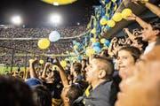 Szene aus dem 25-minütigen Kurzdokumentarfilm «En La Boca»: Fans des weltberühmten argentinischen Fussballclubs Boca Juniors im Stadion von Buenos Aires. (Bild PD)