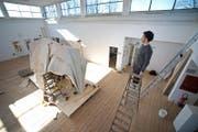 Der Luzerner Sipho Mabona darf sein Werk am kommenden Wochenende in Chicago ausstellen. (Bild: Pius Amrein / Neue LZ)