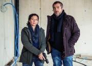 Liz Ritschard (Delia Mayer) und Reto Flückiger (Stefan Gubser) (Bild SRF / Daniel Winkler)