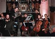 Der Waldhornist Ivo Gass mit den Lucerne Festival Strings. (Bild: Peter Fischli/Swiss Chamber Music Circle (Andermatt, 25. März 2018))