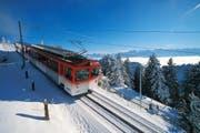 Die Zahnradbahn der Rigi fährt von Kulm in Richtung Staffel. (Archivbild PD)