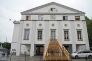 Wer das innen völlig neu gestaltete Luzerner Theater besucht, erlebt Schauspieler und Sänger aus einer anderen Perspektive. (Bild: Urs Flüeler / Keystone)