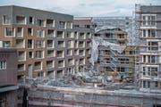 Der Sturm Burglind brachte gestern unter anderem ein Baugerüst im Gebiet Gasshof in Littau zum Einsturz (Bild: Pius Amrein (Littau, 3. Januar 2018))