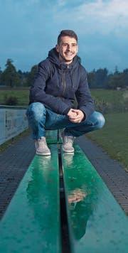 Flavio Fruci (auf der Steinhauser Sportanlage Eschfeld) blickt den nächsten Spielen zuversichtlich entgegen. Bild: Maria Schmid (19. April 2017)