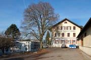Das ehemalige Restaurant Brauerei an der Kantonsstrasse in Triengen hat einen neuen Eigentümer. (Bild Dominik Wunderli)