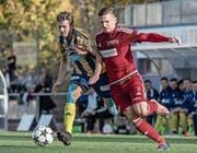 Auch beim 2:0 gegen Langenthal zweifacher Torschütze: der Surseer Elvis Bratanovic (rechts). (Bild: Pius Amrein (Sursee, 21. Oktober 2017))