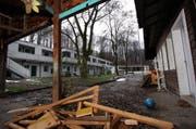 An der Zuger Metallstrasse ist das neue Hotel mit 82 Betten geplant. (Bild Christof Borner-Keller/Neue ZZ)