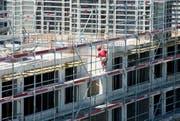 Rege Bautätigkeiten in Emmen: Künftig darf die Gemeinde ihr eigenes Land nicht mehr ohne Ersatz verkaufen. (Archivbild Eveline Beerkircher)