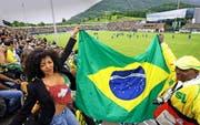 Tausende besuchten vor zehn Jahren die Trainings der brasilianischen Nationalmannschaft in Weggis. (Archivbild Neue LZ/Michael Buholzer)