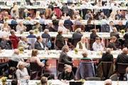 Ist die SVP behäbig geworden? Delegierte an einer Versammlung in Frauenfeld. (Bild: Ennio Leanza/Keystone (17. Oktober 2017))