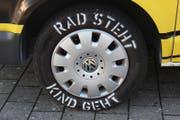 Die Kontrollen hat die Zuger Polizei im Rahmen der Kampagne «Rad steht, Kind geht» durchgeführt. (Bild: Zuger Polizei)