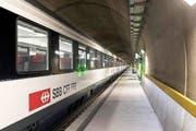 Archivbild: Testbetrieb im Gotthard-Basistunnel in Erstfeld. Am 1. Juni wird die Neat offiziell eröffnet. (Bild: Christian Beutler / Keystone)
