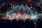 Die Besucher der Hill Jam Konzertnacht kamen am Freitagabend in den Genuss von Livemusik, wie hier durch die Gruppe «Brasscode». (Bild: pd / Daniel Heller)