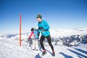 Stefan Lustenberger wurde hinter seinem Bruder Zweiter. (Bild: Fiona Noever/Swiss Snow Walk & Run)