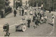 Lange ists her, dass es bei Zuger Umzügen zu Ehren kam: wie hier beim Jugendfestumzug 1934 (Bild Stefan Kaiser)