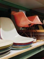 Den Plastic Side Chair gibt es in vielen Farbvarianten. (Bild: Florian Böhm)