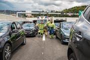 Damit Sanitäter oder Feuerwehrleute innert Kürze zum Unfallort vordringen können, braucht es eine Rettungsgasse. (Bild: PD)