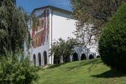 Am nächsten Montag kann der 725-jährige Bundesbrief hier begutachtet werden: Im Bundesbriefmuseum in Schwyz. (Bild: Boris Bürgisser / Neue LZ)