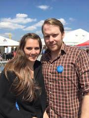 Chrigu Blum (31) mit seiner Freundin Priska Zemp alias Heidi Happy am Freitag an der Luga. (Bild: Raphael Gutzwiller)