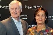 Investor Martin Ebner, der die BZ Bank kontrolliert, mit seiner Frau an einer Vernissage in Zürich im Jahre 2008. (Bild: Archiv André Häfliger/ Neue LZ)