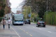 Schüler können den Bus in Zug im kommenden Schuljahr doch noch verbilligt nutzen. (Bild: Stefan Kaiser / Neue ZZ)
