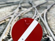 Die Zugstrecke zwischen Zug und Steinhausen ist unterbrochen. (Symbolbild) (Bild: Keystone)