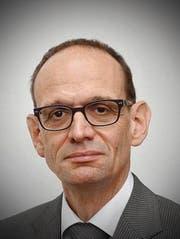 Hans Hirschi, Rektor Kantonsschule Alpenquai: «Wenn ein Zwischenjahr sinnvoll genutzt wird, kann es durchaus eine Chance sein.» (Bild: PD)