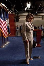 Fraktionschefin Nancy Pelosi steht nach einer Niederlagenserie unter Druck. (Bild: Andrew Harnik/AP)