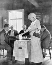Finnland, damals noch Grossfürstentum unter russischer Herrschaft, führte 1906 das Frauenstimmrecht ein. Das Bild stammt von 1913. (Bild: Getty)